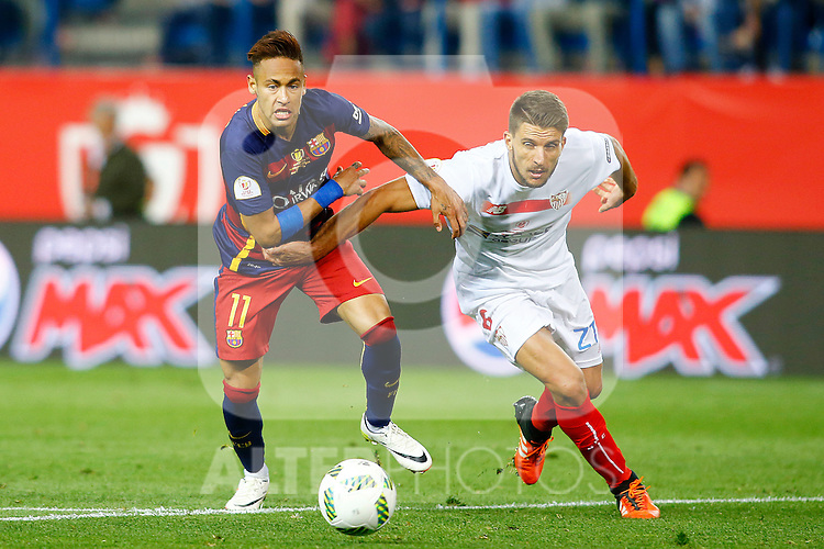 FC Barcelona's Neymar Santos Jr (l) and Sevilla CF's Daniel Carrico during Spanish Kings Cup Final match. May 22,2016. (ALTERPHOTOS/Acero)