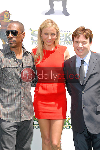 """Eddie Murphy, Cameron Diaz and Mike Myers<br /> at the """"Shrek Forever After"""" Los Angeles Premiere, Gibson Amphitheater, Universal City, CA. 05-16-10<br /> David Edwards/DailyCeleb.com 818-249-4998"""