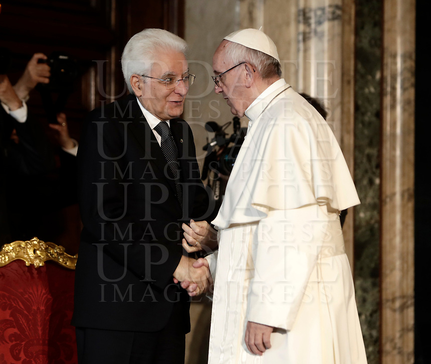 Pope Francis shakes hands with Italian President Sergio Mattarella, (r) at the and of they meeting at the Quirinale presidential palace, in Rome, on June 10, 2017.<br /> UPDATE IMAGES PRESS/Isabella Bonotto<br /> STRICTLY ONLY FOR EDITORIAL USE