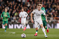 6th February 2020; Estadio Santiago Bernabeu, Madrid, Spain; Copa Del Rey Football, Real Madrid versus Real Sociedad; Toni Kroos (Real Madrid) breaks into attack as Real Madrid try to counter