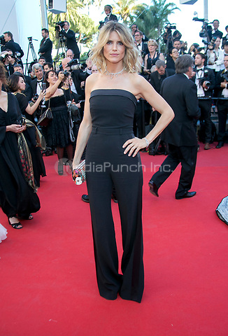 Alice Taglioni arrives at the premiere of Ismael's Ghosts (Les Fantomes d'Ismael) during the 70th Annual Cannes Film Festival at Palais des Festivals in Cannes, France, on 17 May 2017. Photo: Hubert Boesl <br />