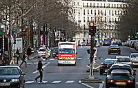 Reanimnation ambulance Sapeurs Pompiers Paris..©shoutpictures.com.john@shoutpictures.com