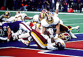 Washington Redskins running back Gerald Riggs (37) scores his first touchdown during Super Bowl XXVI against the Buffalo Bills in Minneapolis, Minnesota on January 26, 1992.  The Redskins won the game and the World Championship 37 - 24.<br /> Credit: Arnie Sachs / CNP