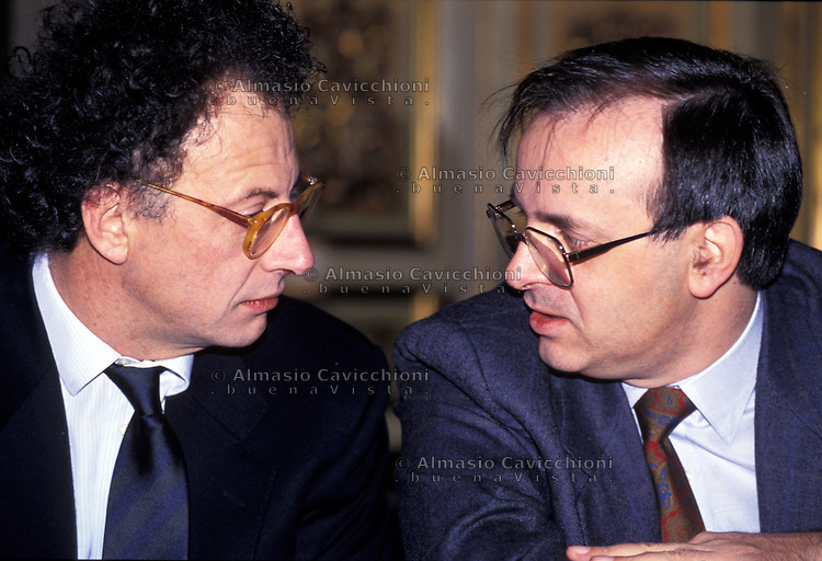 MAG 1994  GHERARDO COLOMBO, PIERCAMILLO DAVIGO, magistrati del Pool Mani pulite<br />