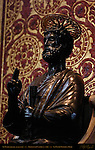 St Peter detail Bronze Alabaster Arnolfo di Cambio 1300 St Longinus Pier St Peter's Basilica