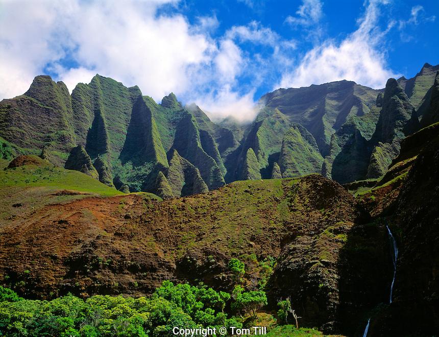 Na Pali Coast State Park  Island of Hawaii  Seen from Kalalau Beach  End of Kalalau Trail  September