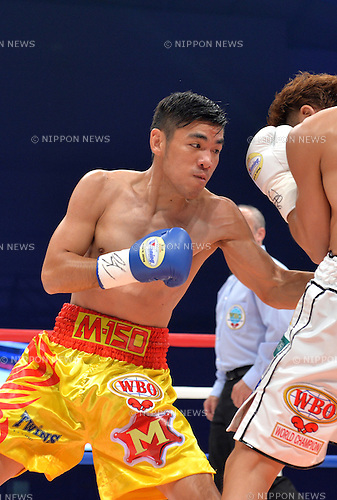 Petchbarngborn Kokietgym (THA),<br /> SEPTEMBER 4, 2016 - Boxing :<br /> Petchbarngborn Kokietgym (Karoon Jarupianlerd) of Thailand in action against Naoya Inoue of Japan during the WBO super flyweight title bout at Sky Arena Zama in Kanagawa, Japan. (Photo by Mikio Nakai/AFLO)