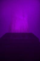 RIO DE JANEIRO, RJ, 02 DE OUTUBRO DE 2013 - OUTUBRO ROSA / CORCOVADO / CRISTO / RJ - Muita neblina dificulta a visibilidade do Cristo com iluminação rosa, uma ação da fundação Laço Rosa alertando o câncer de mama,, no Cosme Velho, zona sul do Rio de Janeiro. (Foto: Marcelo Fonseca / Brazil Photo Press).