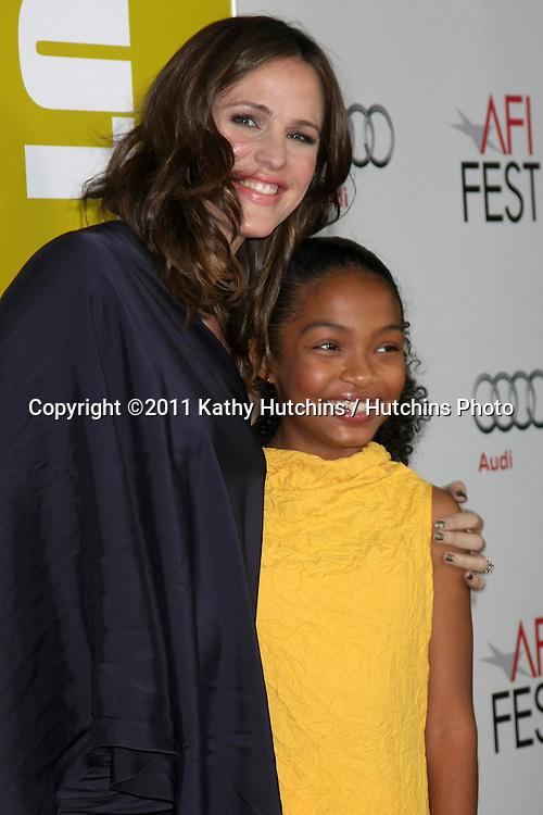"LOS ANGELES - NOV 6:  Jennifer Garner, Yara Shahidi arrives at the ""Butter"" Screening at the AFI Fest 2011 at Grauman's Chinese Theater on November 6, 2011 in Los Angeles, CA"