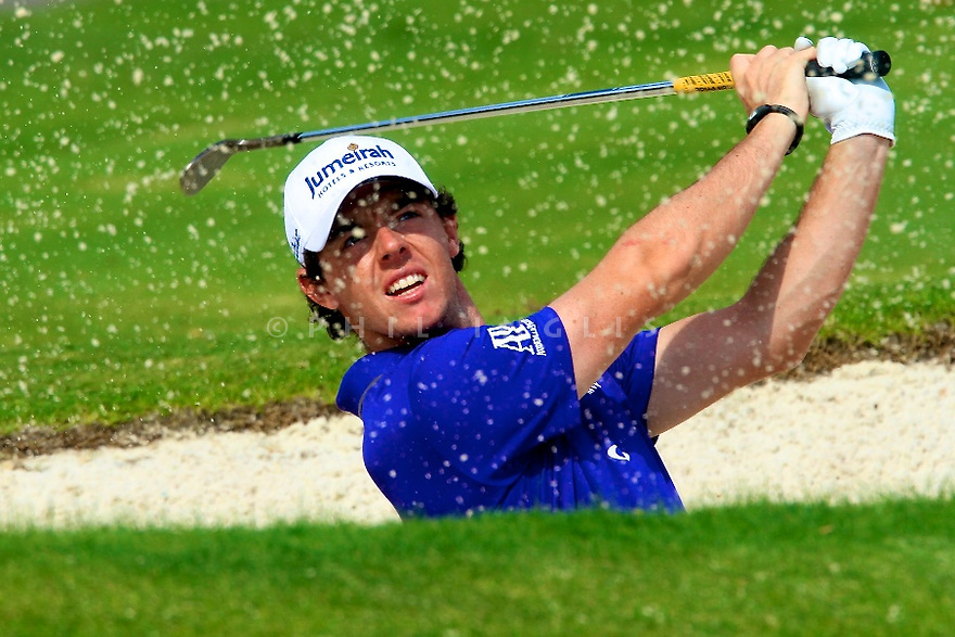Rory McIlroy (NIR) during the first round of the DP World Tour Championship played at the Earth Course, Jumeirah Estates, Dubai, UAE on the 22nd November 2012. (Picture Credit / Phil Inglis)