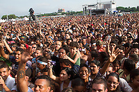 ATENCAO EDITOR IMAGEM EMBARGADA PARA VEICULOS INTERNACIONAIS -  SAO PAULO, SP, 08 DEZEMBRO 2012 -Festival Promessas 2012 Show de musicas Gospel realizado no Campo de Marte em São Paulo.(FOTO: AMAURI NEHN / BRAZIL PHOTO PRESS).