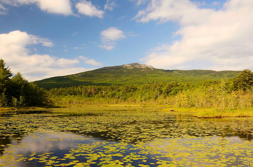 Mt. Monadnock from across Perkins Pond. This is the classic angle/perspective on this oft photographed peak.
