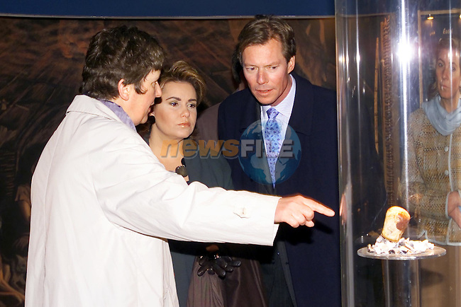 the Grand Duke Henri and Dutchess of Luxembourg been shown around the visitors centre at Bru na Boinne by Claire Tuffy manager. Visitors to the Boyne Valley must pass through the visitors centre on there way to Newgrange, which is over 5000 years old and is one of the finest ancient burial tombs on the world. It plays host to newrly half a million visitors each year from all aroung the world....Picture Fran Caffrey Newsfile.