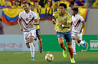 TAMPA - ESTADOS UNIDOS, 10-09-2019: Yairo Moreno jugador de Colombia disputa el balón con Yangel Herrera jugador de Venezuela durante partido amistoso amistoso entre Colombia y Venezuela jugado en el Raymond James Stadium en Tampa, Estados Unidos. / Yairo Moreno player of Colombia fights the ball with Yangel Herrera player of Venezuela during a friendly match between Colombia and Venezuela played at Raymond James Stadium in Tampa, Estados Unidos. Photo: VizzorImage / Cristian Alvarez / Cont