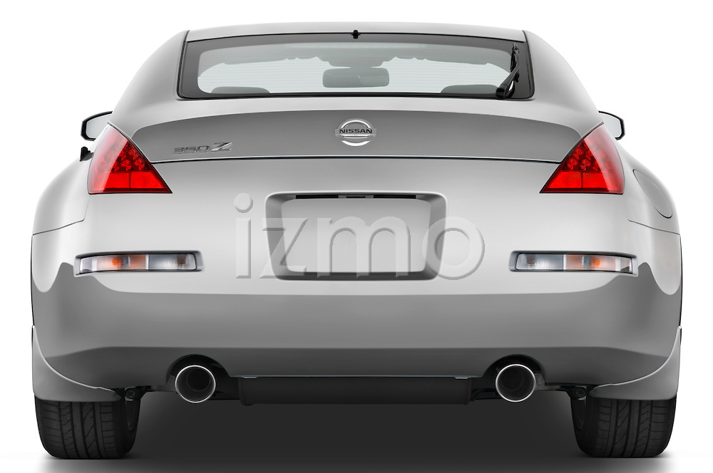 Straight rear view of a 2008 Nissan 350z
