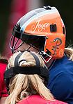 UTRECHT - keeper Joyce Sombroek (Laren) met esculaap op haar helm ,    tijdens de hockey hoofdklasse competitiewedstrijd dames:  Kampong-Laren (2-2).  .COPYRIGHT KOEN SUYK