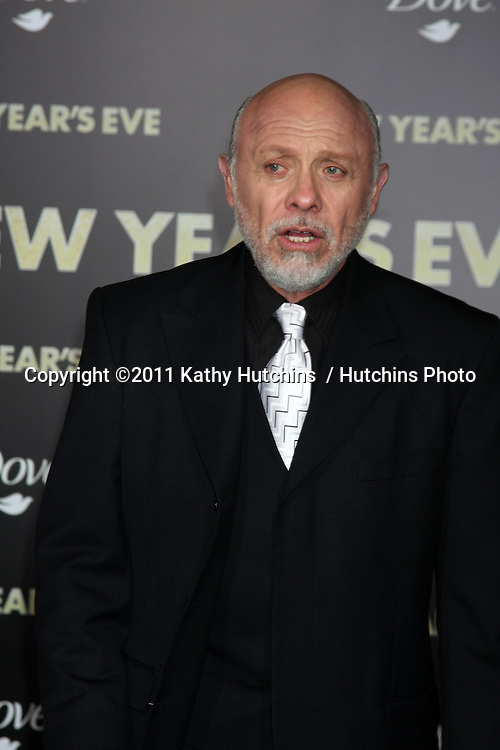 "LOS ANGELES - DEC 5:  Hector Elizondo arrives at the ""New Year's Eve"" World Premiere at Graumans Chinese Theater on December 5, 2011 in Los Angeles, CA"