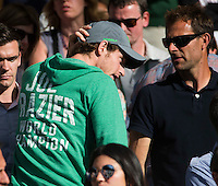 ANDY MURRAY (GBR) WATCHING BROTHER JAMIE MURRAY (GBR)<br /> <br /> TENNIS - THE CHAMPIONSHIPS - WIMBLEDON 2015 -  LONDON - ENGLAND - UNITED KINGDOM - ATP, WTA, ITF <br /> <br /> &copy; AMN IMAGES23