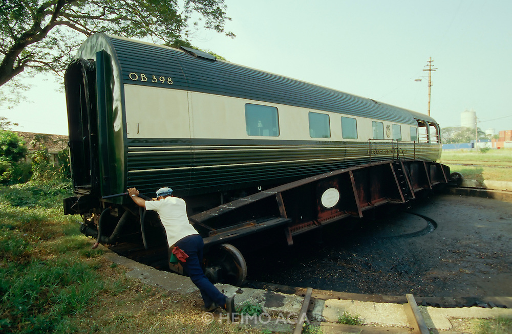 Luxuszüge - Luxury Trains   Heimo Aga • Photography