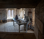 Wire art sculpture figure of King Edward the second in prison cell room, Berkeley castle, Gloucestershire, England, UK