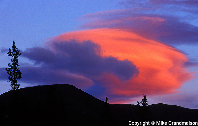 Lenticular cloud at sunset<br /> Near Whitehorse<br /> Yukon<br /> Canada