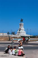 Cuba, Denkmal Maximo Gomez am Parque des los Martires in Habana, Unesco-Weltkulturerbe