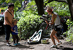 An elderly entertainer struts his stuff inside Inokashira Park in the trendy neighborhood of Kichijoji in Musashino City, Tokyo, Japan on 16 Sept. 2012.  Photographer: Robert Gilhooly