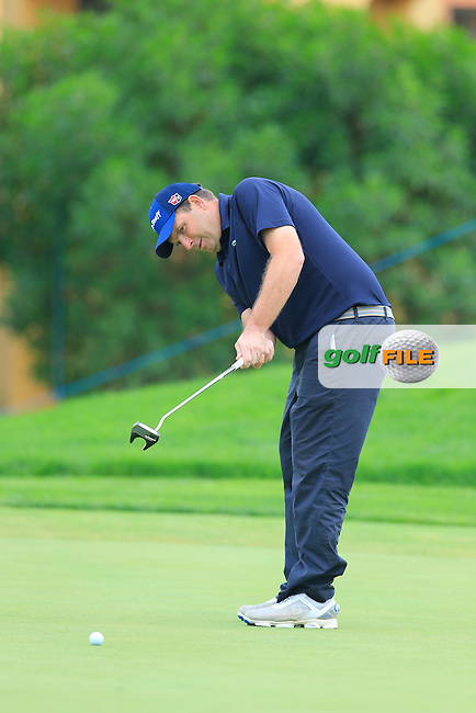 Anthony Wall (ENG) putts on the 8th green during Saturday's Round 3 of the Portugal Masters 2015 held at the Oceanico Victoria Golf Course, Vilamoura Algarve, Portugal. 15-18th October 2015.<br /> Picture: Eoin Clarke | Golffile<br /> <br /> <br /> <br /> All photos usage must carry mandatory copyright credit (&copy; Golffile | Eoin Clarke)