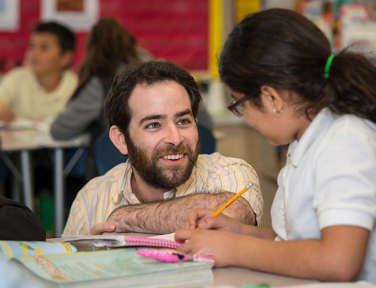 Robert Uzick teaches science at Cunningham Elementary School, May 14, 2015.
