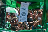 BUENOS AIRES, 07 MARCO 2012 -  MANIFESTACAO ATE, a Associação de Trabalhadores do Estado, fez uma moção para o Governo da Cidade de Buenos Aires e do Ministério da Economia a reivindicação de um aumento de 35% nos salários. A passeata foi parte de uma greve nacional. foto: Patricio Murphy/Brazil Photo Press