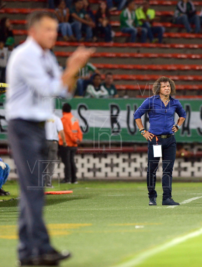 MEDELLIN -COLOMBIA-28-MARZO -2015. Alberto Gamero director tecnico  del Deportes Tolima en accion contra el  Atletico Nacional  , durante partido por la fecha 12 entre Atletico Nacional y Deportes Tolima  de la Liga Aguila I-2015, en el estadio Atanasio Girardot de la ciudad de Medellin . / Alberto Gamero coach of Deportes Tolima  in actions against  of Atletico Nacional  , during a  match of the 12 date between Atletico Nacional  and Deportes Tolima  for the Liga Aguila I -2015 at the Atanasio Girardot Stadium in Medellin city <br /> .Photo: VizzorImage / Leon Monsalve / STR