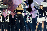 Anne Marie and Zara Larsson perform with 'Clean Bandit' during the show of the 2017 MTV Europe Music Awards, EMAs, at SSE Arena, Wembley, in London, Great Britain, on 12 November 2017. Photo: Hubert Boesl <br />