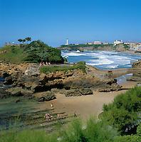 France, Aquitaine (Pays Basque), Biarritz: Rocher Du Basta | Frankreich, Aquitanien (Baskenland), Biarritz: Rocher Du Basta