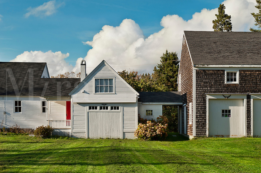 New England farmhouse, Maine