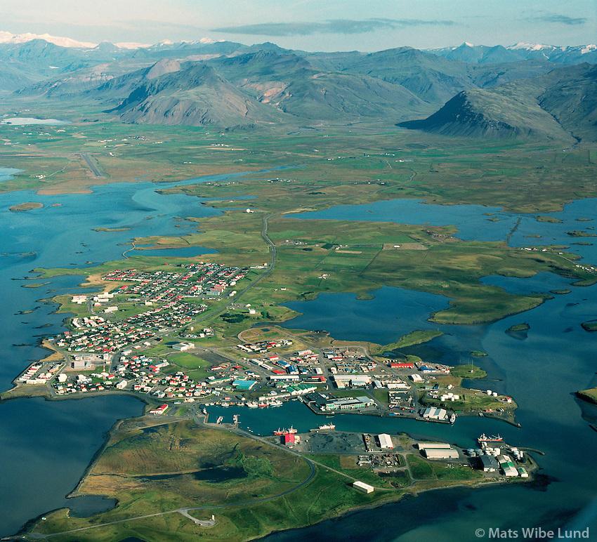 Höfn, Hornafjörður 2002, Nesjahreppur í bakgrunni /.Hofn in Hornafjordur, Nesjahreppur in background.