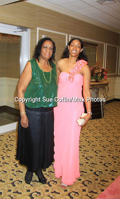 "Alpha Kappa Alpha Sorority, Incorporated Pi Psi Omega Chapter welcomes you to ""A Pink Carpet Affair"" - celebrating 25 years of Sisterhood and Service on June 9, 2012 at the Comfort Inn and Suites, Nanuet, New York.  (Photo by Sue Coflin/Max Photos)"