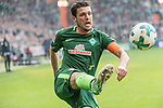 15.04.2018, Weser Stadion, Bremen, GER, 1.FBL, Werder Bremen vs RB Leibzig, im Bild<br /> <br /> Zlatko Junuzovic (Werder Bremen #16)<br /> <br /> <br /> Foto &copy; nordphoto / Kokenge
