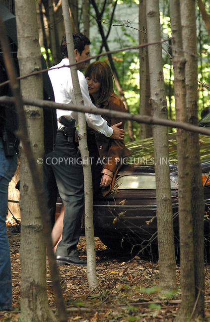 "Actress Mag Ryan and co-star Mark Ruffalo are seen lip-locking in the scene of their upcoming movie ""In The Cut"" on the last day of filming in New York. Apparently, filmmakers had some concerns about privacy of the scene as they took it deep in to the woods of Prospect Park in Brooklyn. September 23, 2002. Please byline: Alecsey Boldeskul/NY Photo Press.   ..*PAY-PER-USE*      ....NY Photo Press:  ..phone (646) 267-6913;   ..e-mail: info@nyphotopress.com"