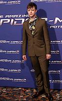 """L'attore statunitense Dane DeHaan posa sul red carpet per l'anteprima del film """"The Amazing Spider-Man 2 - Il potere di Electro"""" a Roma, 14 aprile 2014.<br /> U.S. actor Dane DeHaan poses on the red carpet for the premiere of the movie """"The Amazing Spider-Man 2"""" in Rome, 14 April 2014.<br /> UPDATE IMAGES PRESS/Riccardo De Luca"""