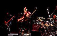 200809. MéXico, DF.- El grupo, Godless, fue el encargado de abrir el concierto del Peter Murphy en el Teatro Metropólitan de la Ciudad de México.  NOTIMEX/FOTO/ALEJANDRO MELENDEZ/FRE/ACE/