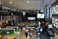 Arbeitsbereich für die Kaderbekanntgabe im Fußballmuseum mit den Flaggen aller Teilnehmerländer - 15.05.2018: Vorläufige WM-Kaderbekanntgabe, Deutsches Fußballmuseum Dortmund