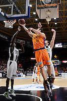 Aguilar vs Llovet &amp; Savan&eacute;<br /> Liga Endesa ACB - 2014/15<br /> J14<br /> Valencia Basket vs Fiatc Joventut