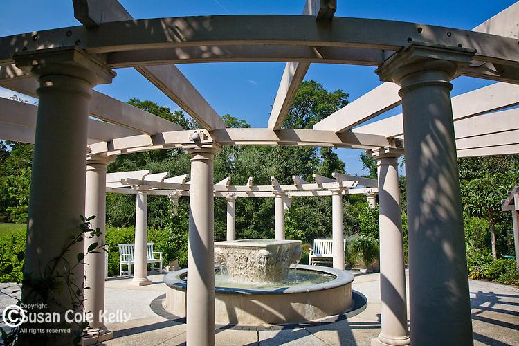 Airlie Gardens pergola, Wilmington, NC, USA