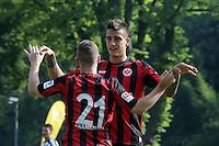 Torjubel Marc Stendera (Eintracht) mit Joselu - Eintracht Frankfurt vs. VfR Aalen