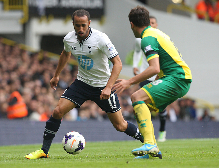 Tottenham Hotspur's Andros Townsend in action <br /> Photo by Kieran Galvin/CameraSport<br /> <br /> Football - Barclays Premiership - Tottenham Hotspur v Norwich City - Saturday 14th September 2013 - White Hart Lane - London<br /> <br /> &copy; CameraSport - 43 Linden Ave. Countesthorpe. Leicester. England. LE8 5PG - Tel: +44 (0) 116 277 4147 - admin@camerasport.com - www.camerasport.com