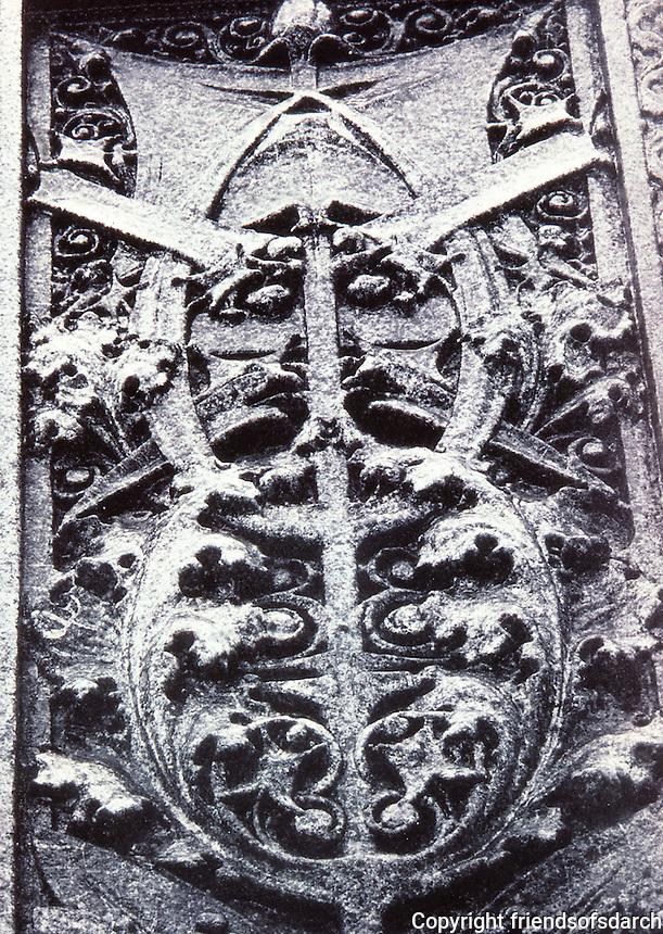 Louis Sullivan, Carson Pirie Scott, Chicago. Detail of cast-iron ornamentation.