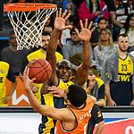 12.01.2020, ratiopharm arena, Neu-Ulm, GER, BBL-Pokal, ratiopharm ulm vs EWE Baskets Oldenburg, <br /> im Bild Tyler Harvey (Ulm, #1), Rickey Paulding (Oldenburg, #23)<br /> <br /> Foto © nordphoto / Hafner