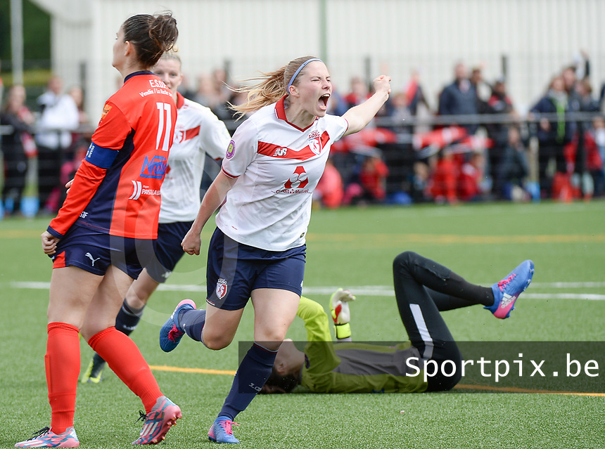 20170514 - LILLE , FRANCE : LOSC's Jana Coryn pictured celebrating one of her 3 goals during the 21 st competition game between the women teams of Lille OSC and La Roche Sur Yon in the 2016-2017 season of the Second Division A D2F A at stade Lille Metropole , Saturday 14th May 2017 ,  PHOTO Joke Vuylsteke | Sportpix.Be