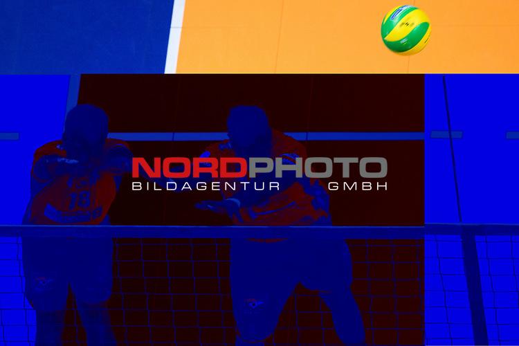 28.02.2018, Max Schmeling Halle, Berlin<br />Volleyball, 2018 CEV Volleyball Champions League, Vorrunde, Berlin Recycling Volleys (GER) vs. Jastrzebski Wegiel (POL)<br /><br />Block / Doppelblock Pierre Pujol (#18 Berlin), Graham Vigrass (#8 Berlin)<br /><br />  Foto © nordphoto / Kurth