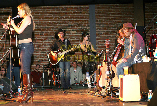 JEWEL & BIG & RICH.A benefit was held by artist/manager/producer Billy Block to help the family of country singer Buck Jones who was killed in a car accident, leaving a wife and a 7-month old son. Performers included Jon Bon Jovi and Richie Sambora, Big & Rich, Jewel, Billy Currington, Billy Falcon and Billy Block held at The Cannery, Nashville, Tennessee, USA, March 27, 2007..full length concert on stage.CAP/ADM/RR.©Russ Radcliff/AdMedia/Capital Pictures.